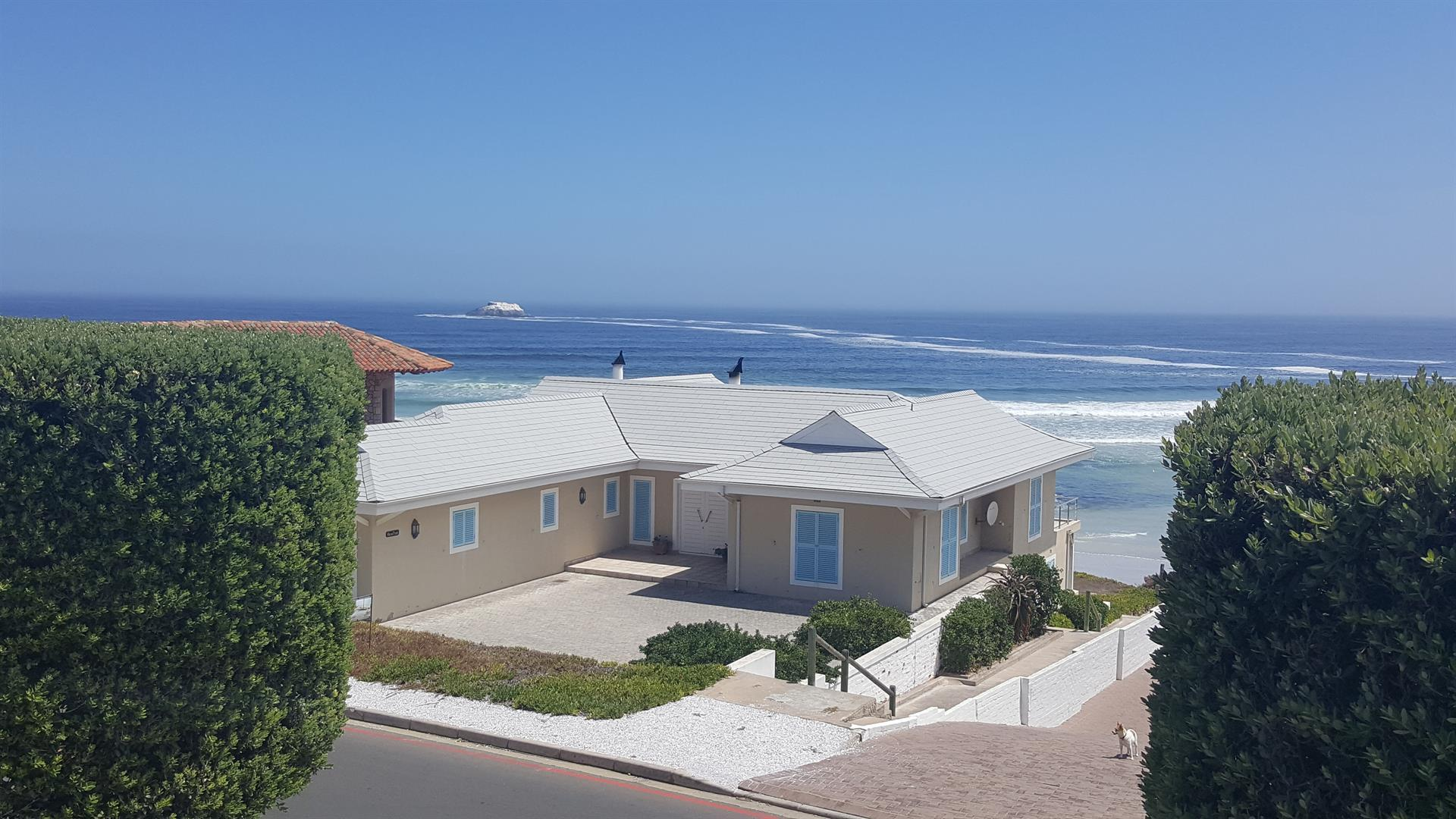 Yzerfontein property for sale. Ref No: 13454155. Picture no 4