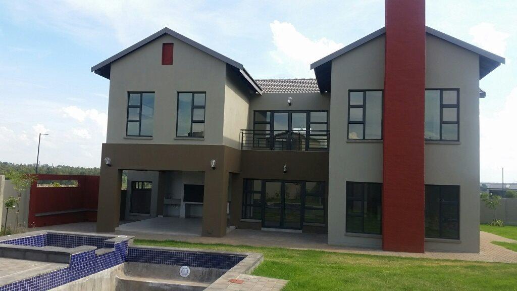 Midstream Ridge Estate property for sale. Ref No: 13379169. Picture no 17