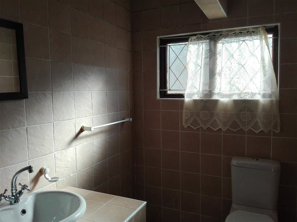 Uvongo property for sale. Ref No: 13360295. Picture no 20