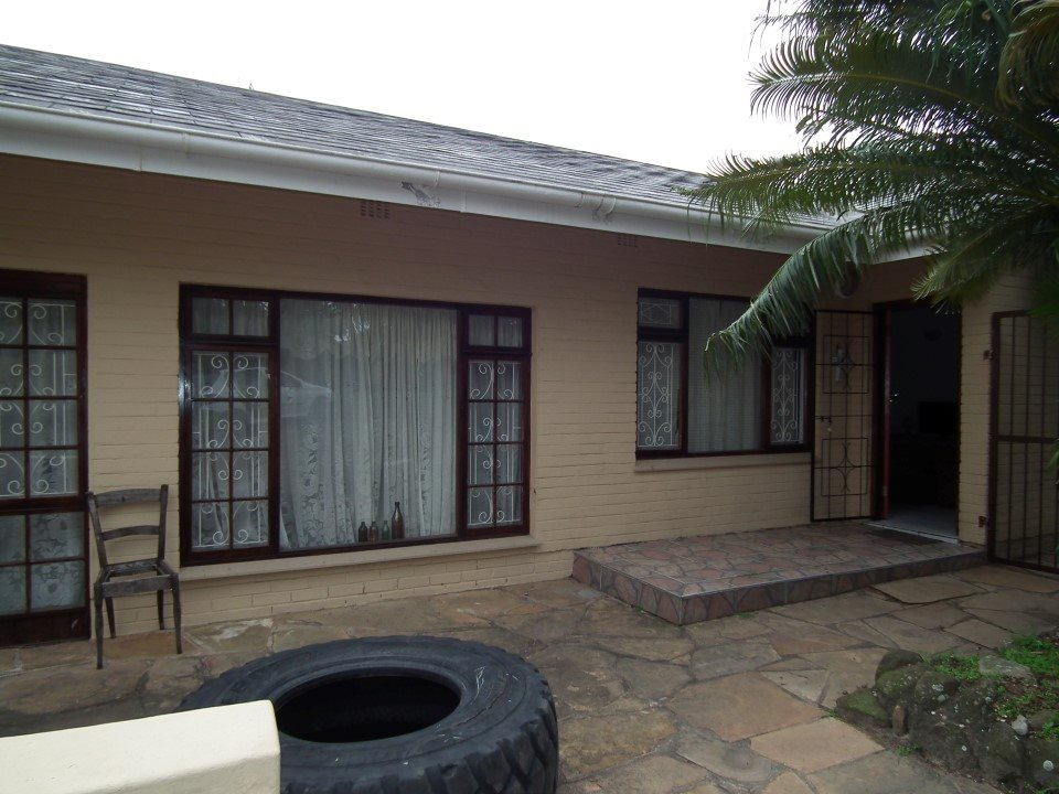 Uvongo for sale property. Ref No: 13394823. Picture no 25