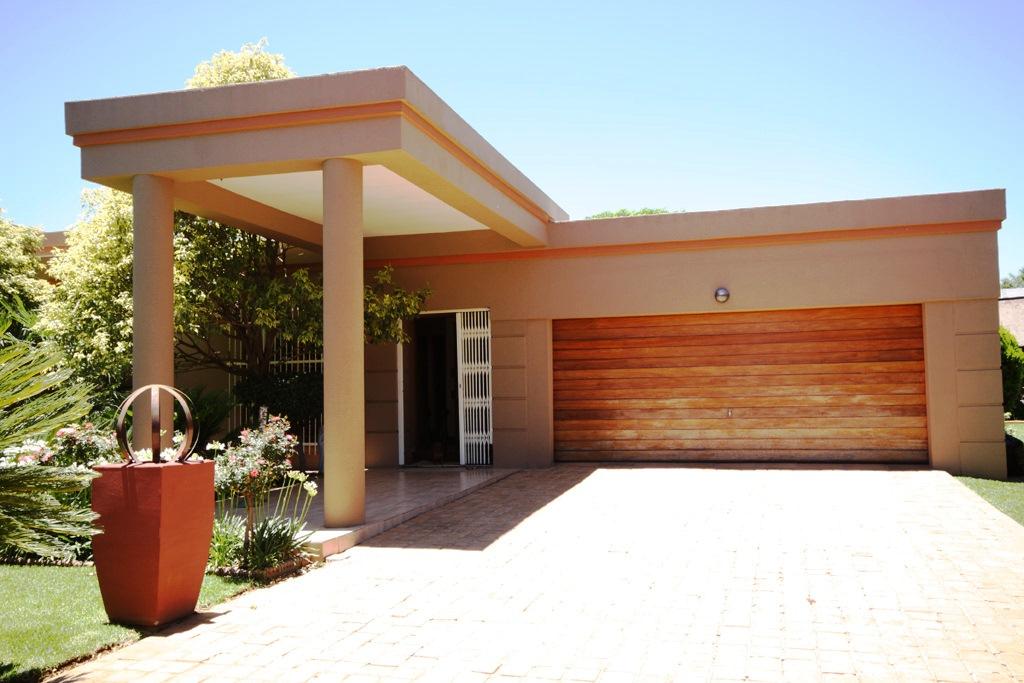 Risiville property for sale. Ref No: 12729469. Picture no 19
