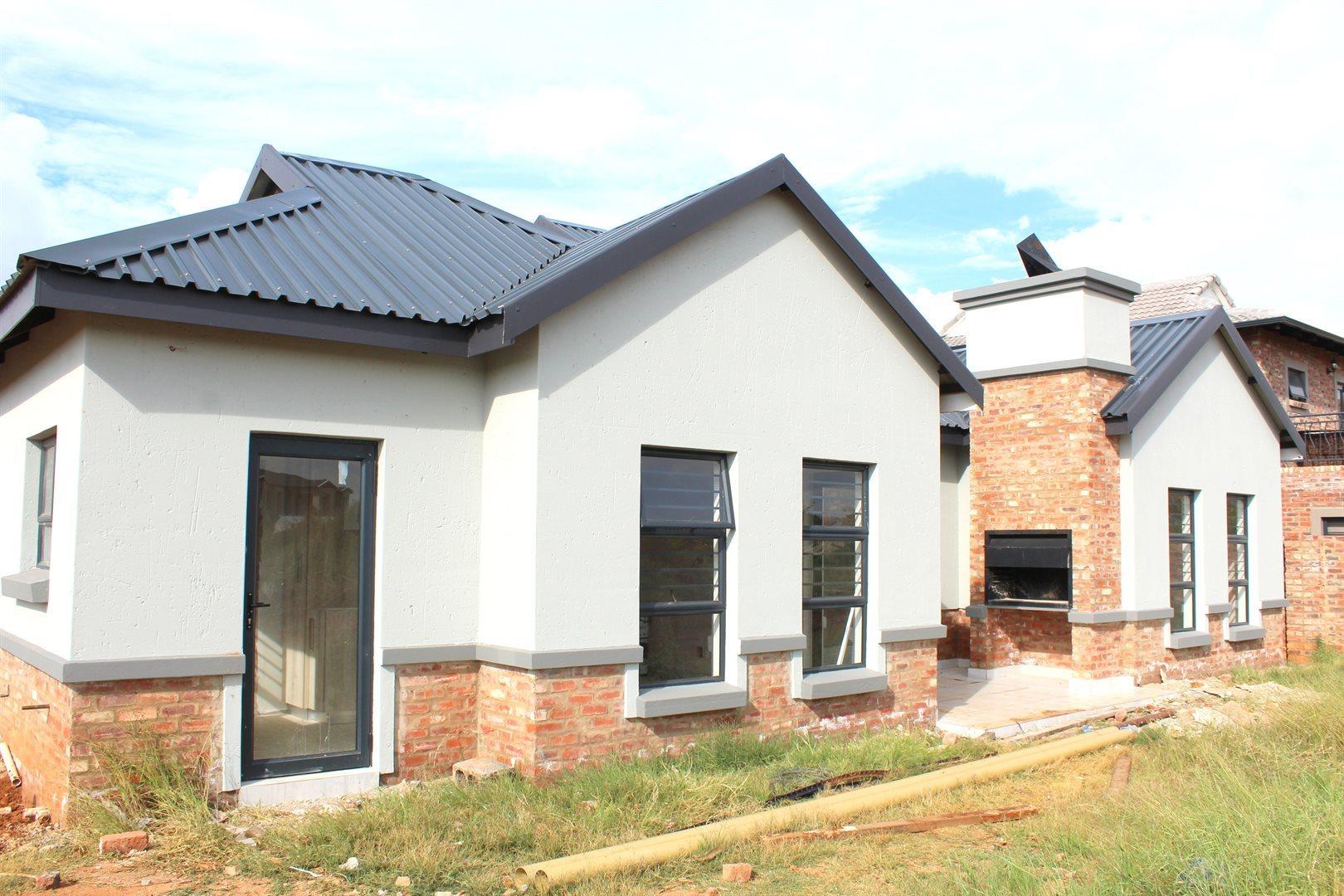 Potchefstroom, Lifestyle Estate Property  | Houses For Sale Lifestyle Estate, Lifestyle Estate, Townhouse 3 bedrooms property for sale Price:1,498,000