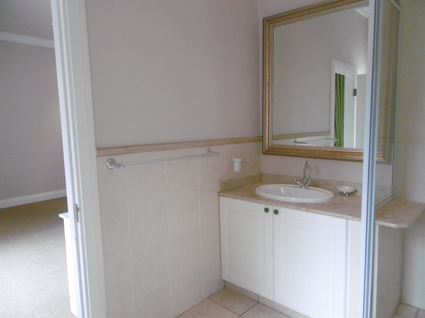 River Club property to rent. Ref No: 13552407. Picture no 23