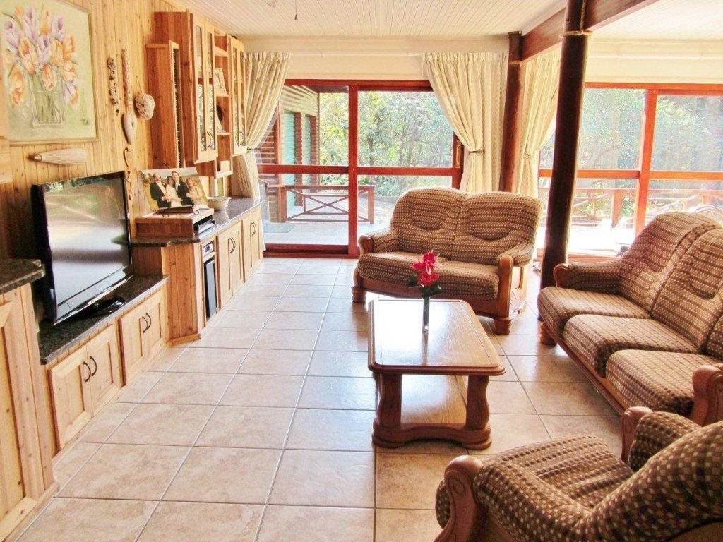 Southbroom property for sale. Ref No: 13399135. Picture no 3