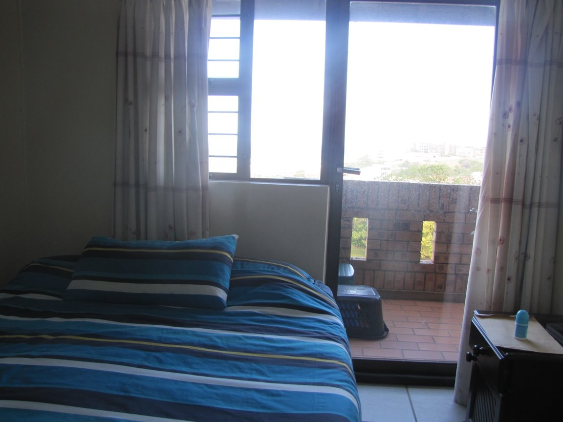Amanzimtoti property for sale. Ref No: 13377010. Picture no 8