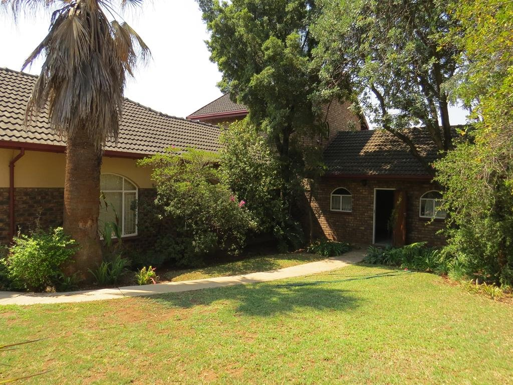Centurion, Eldoraigne Property  | Houses To Rent Eldoraigne, Eldoraigne, House 5 bedrooms property to rent Price:, 27,00*