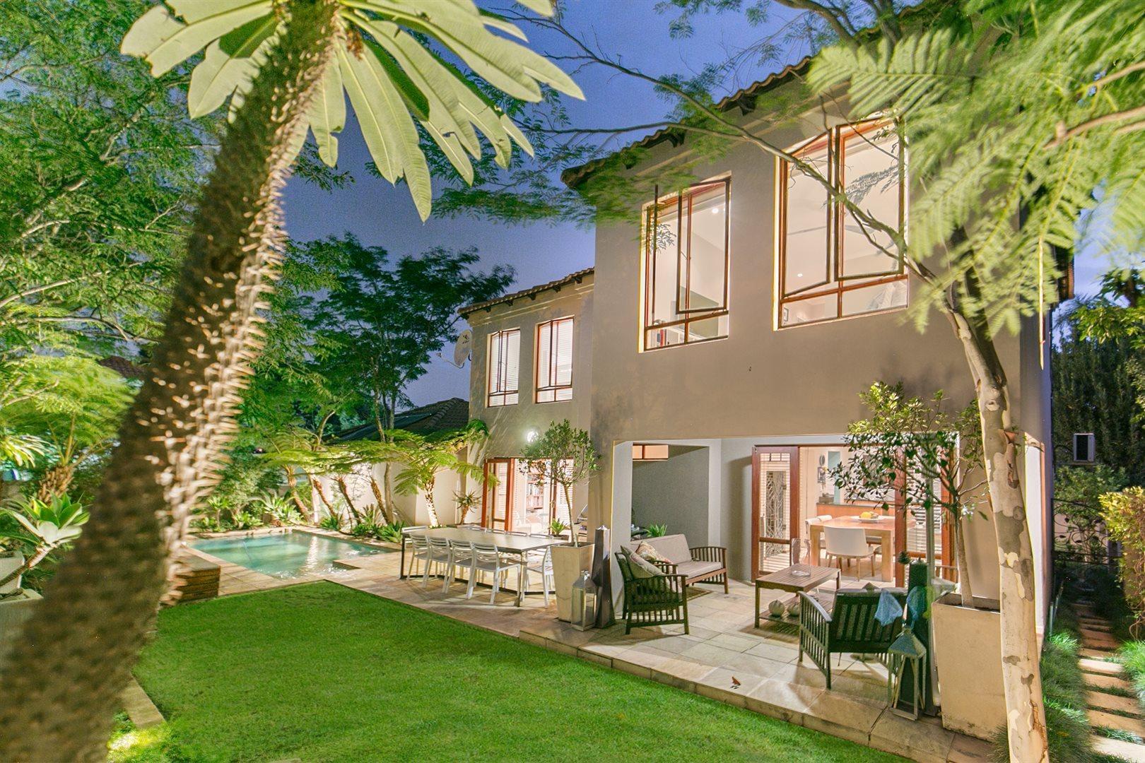 Sandton, Craigavon Property  | Houses For Sale Craigavon, Craigavon, House 3 bedrooms property for sale Price:2,300,000