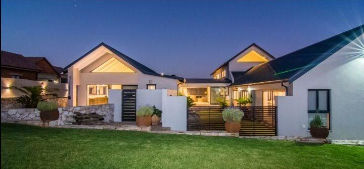 Midstream Hill property for sale. Ref No: 13589099. Picture no 6