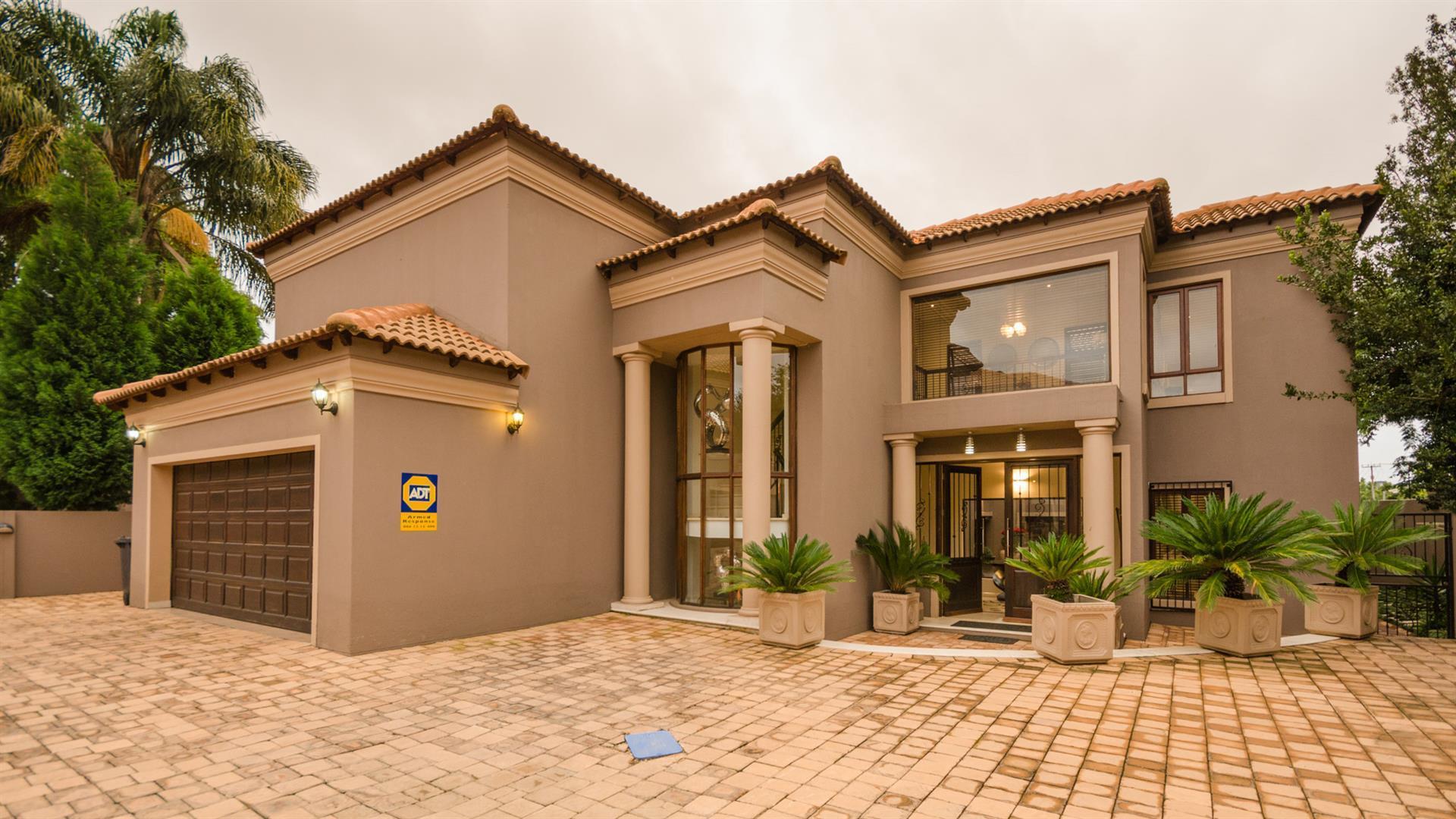 Sandton, Sandown Property  | Houses For Sale Sandown, Sandown, House 5 bedrooms property for sale Price:7,200,000