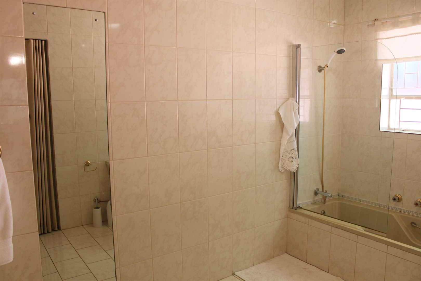 Waterkloof Ridge property to rent. Ref No: 13539553. Picture no 17
