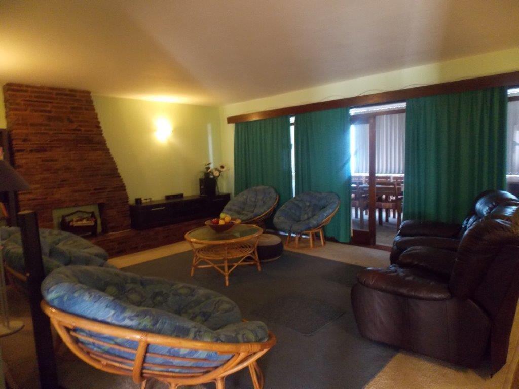 Amanzimtoti property for sale. Ref No: 13355728. Picture no 33