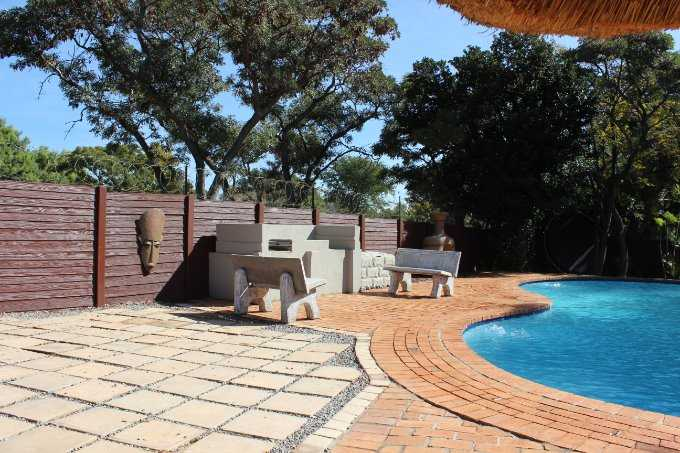 Theresapark property for sale. Ref No: 13568221. Picture no 5
