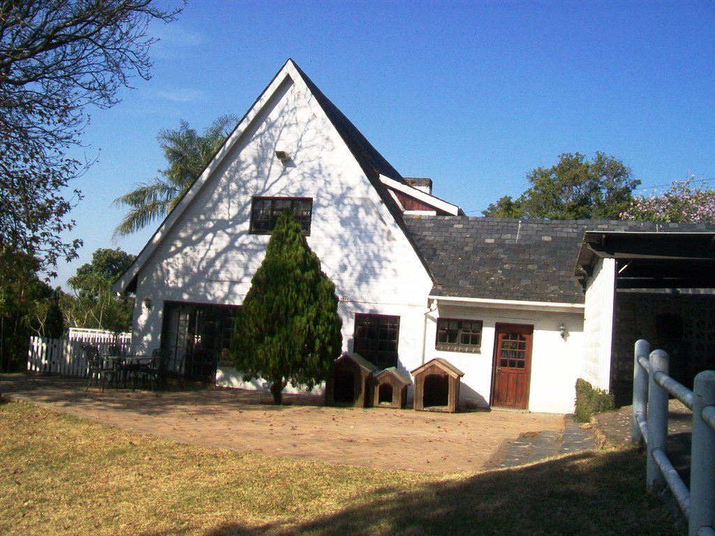 Kloof property for sale. Ref No: 13505110. Picture no 17