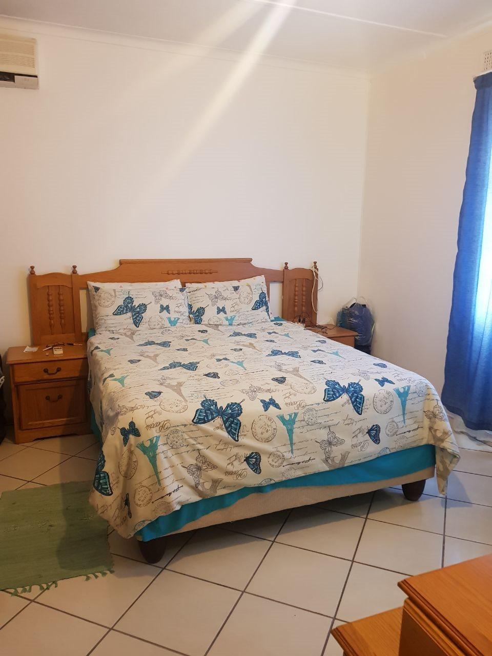 Brackenham property for sale. Ref No: 13590945. Picture no 11