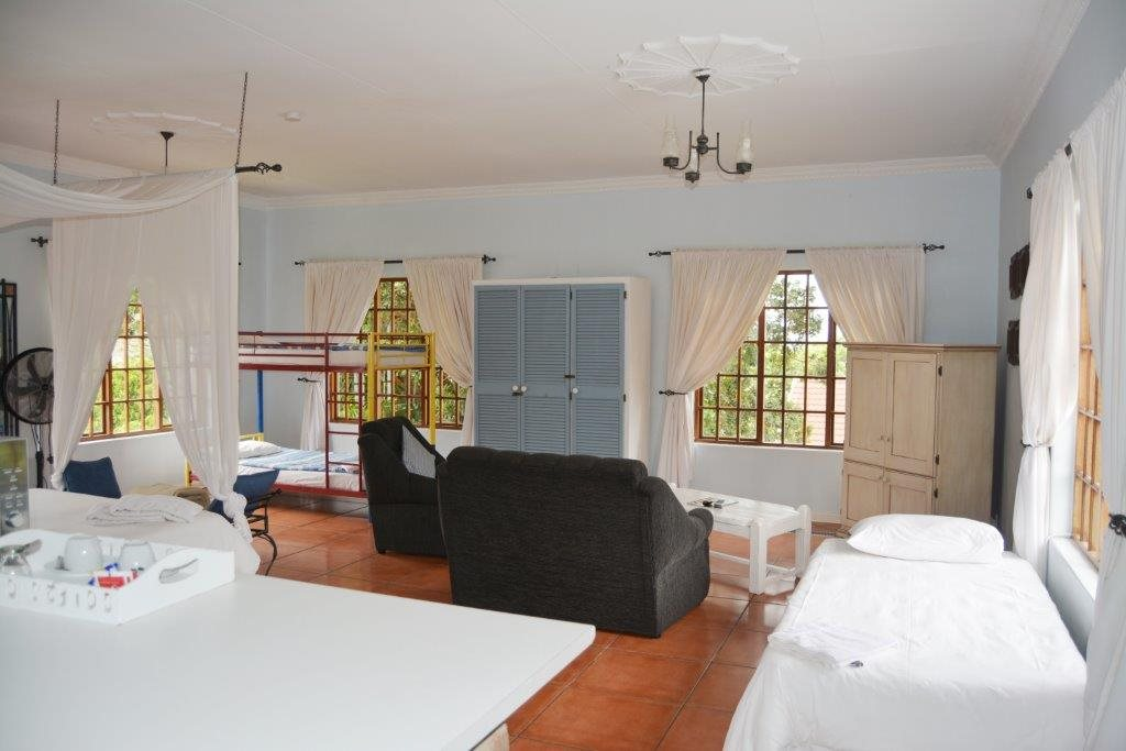 Uvongo property for sale. Ref No: 13386814. Picture no 20