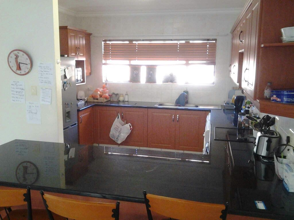 Uvongo property for sale. Ref No: 13396169. Picture no 1