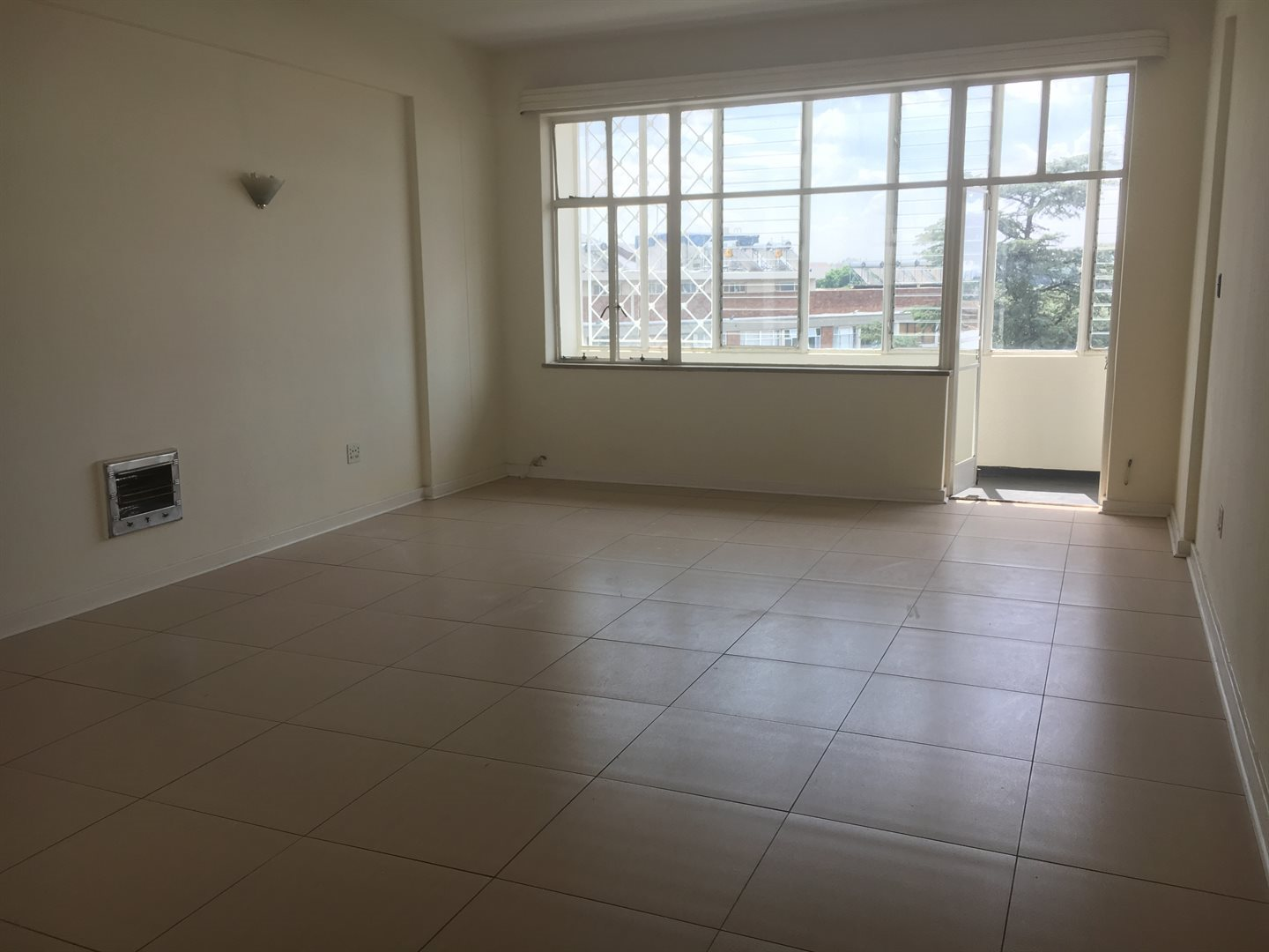 Sandton, Illovo Property  | Houses To Rent Illovo, Illovo, Apartment 3 bedrooms property to rent Price:, 14,00*