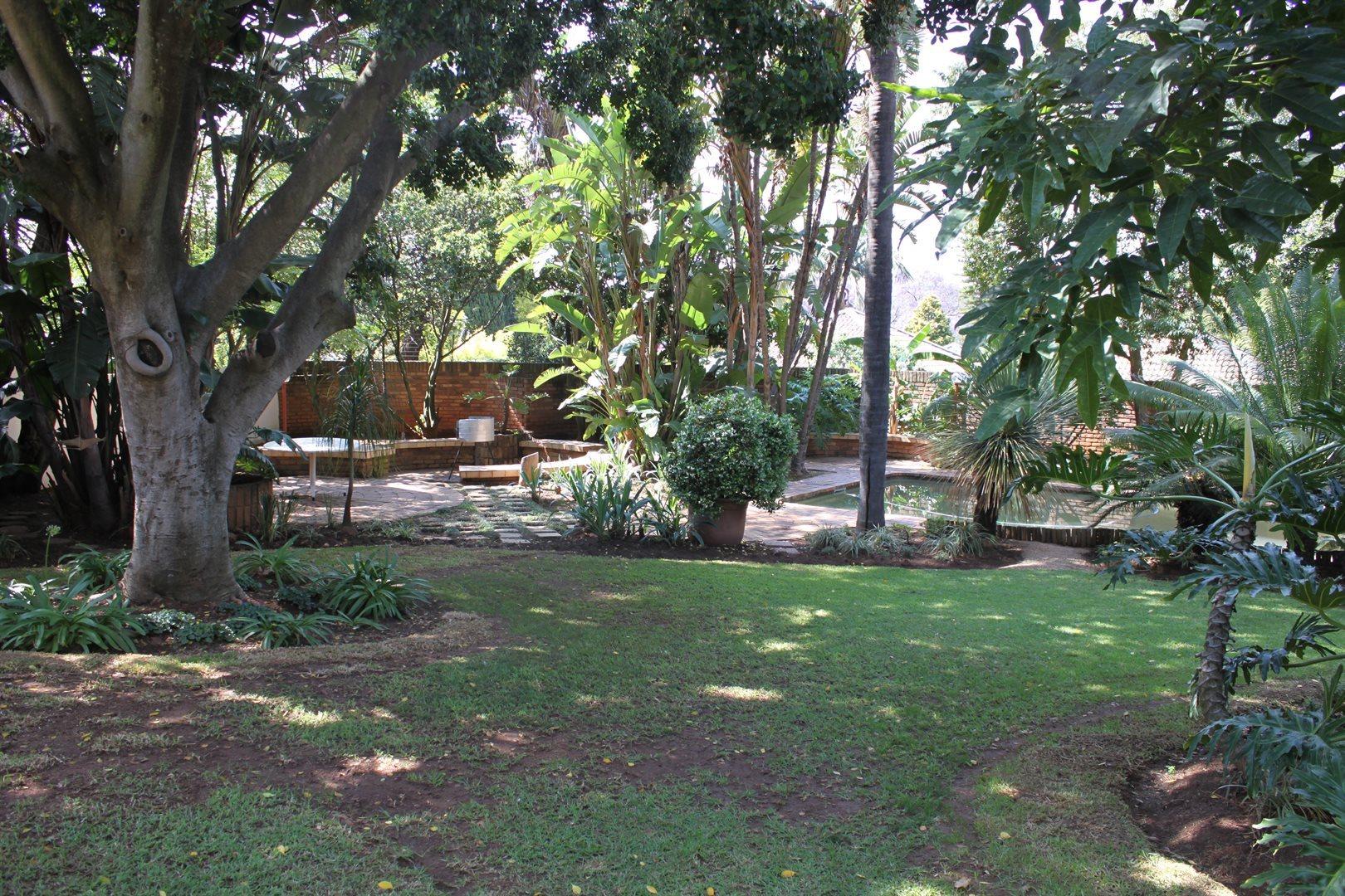 Waterkloof Ridge property to rent. Ref No: 13539553. Picture no 31
