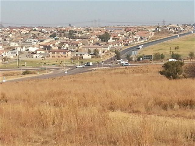 Olievenhoutbosch for sale property. Ref No: 13237297. Picture no 4