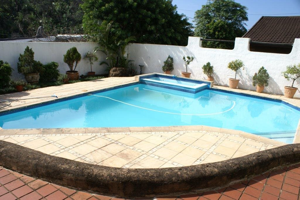 Leisure Bay property for sale. Ref No: 13327298. Picture no 30