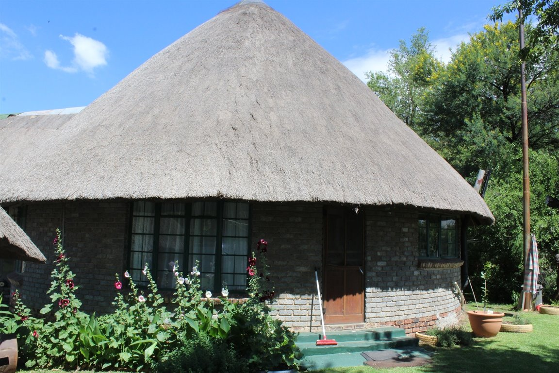 Potchefstroom property for sale. Ref No: 13414707. Picture no 8