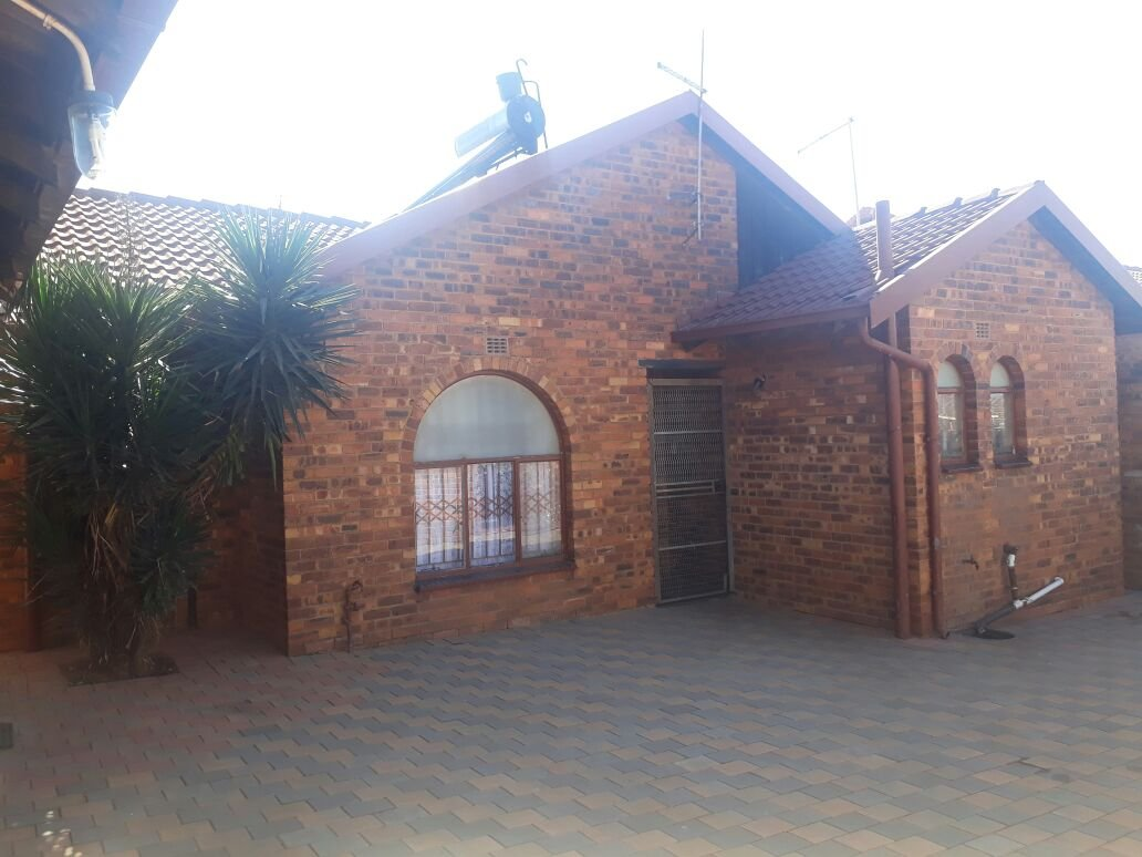Property Tembisa : Houses For Sale Tembisa (All), Tembisa Central, House 3 bedrooms property for sale Price:990,000