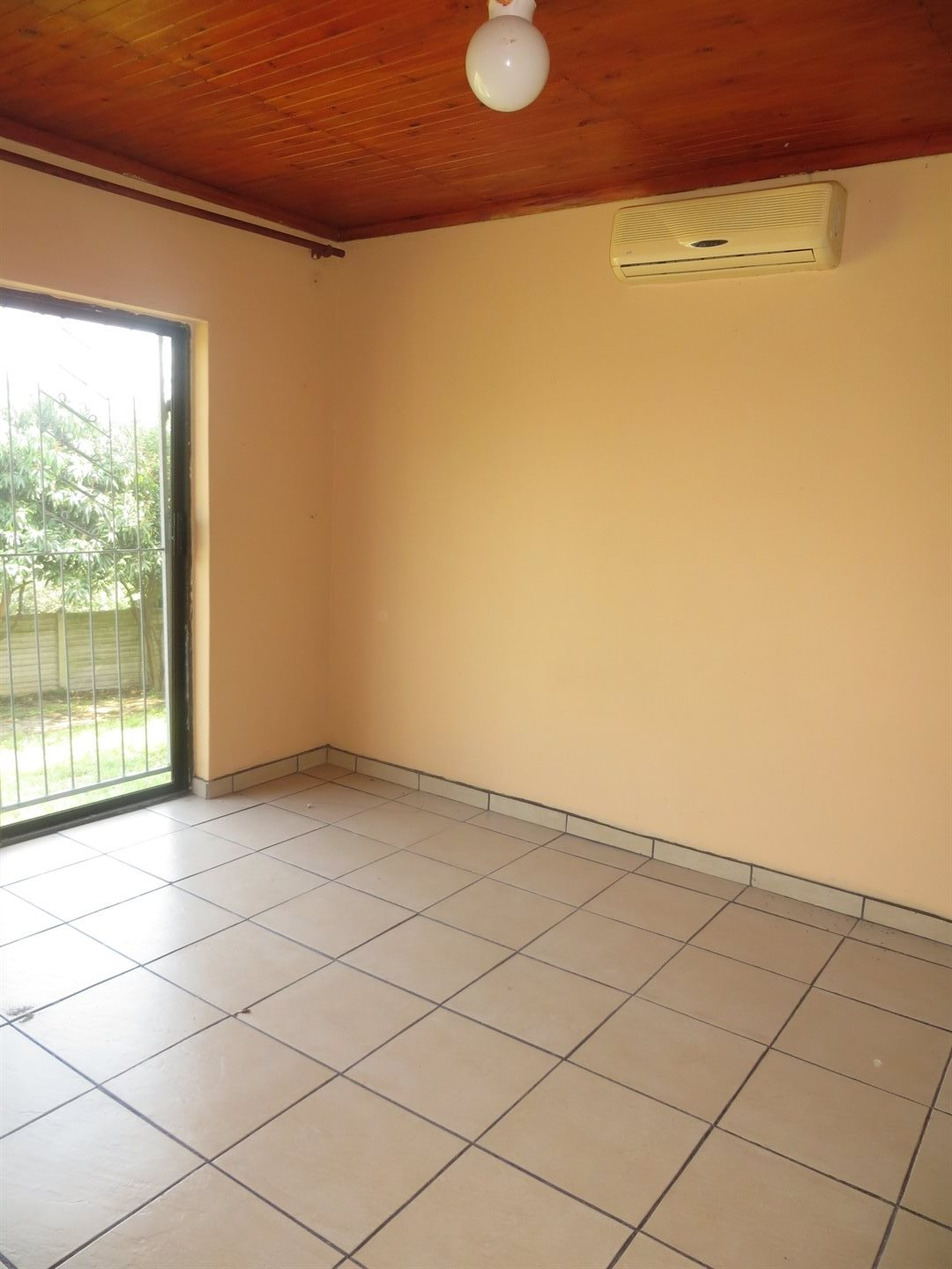 Birdswood property for sale. Ref No: 13529211. Picture no 7