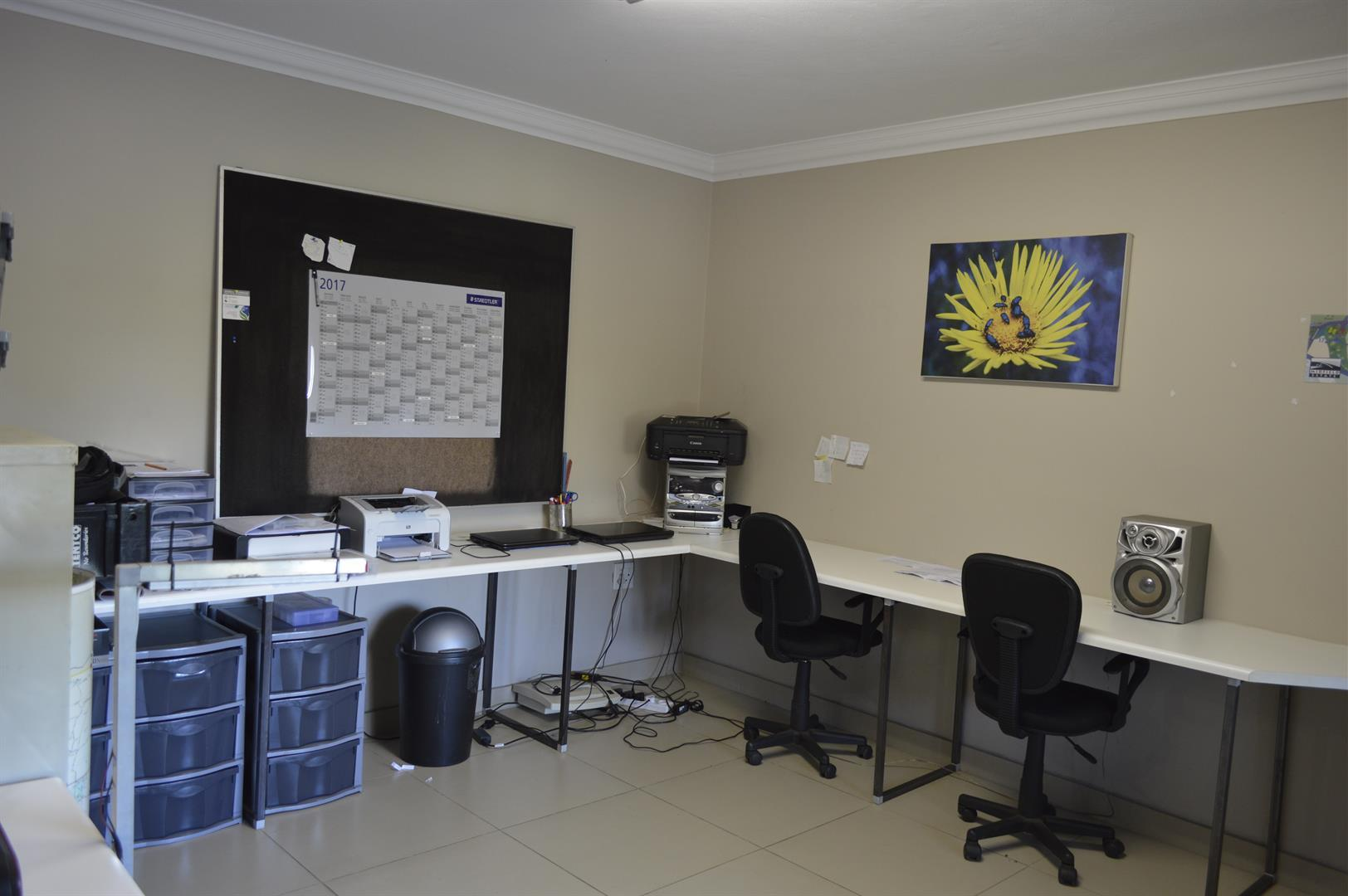 Raslouw A H property for sale. Ref No: 13442161. Picture no 9