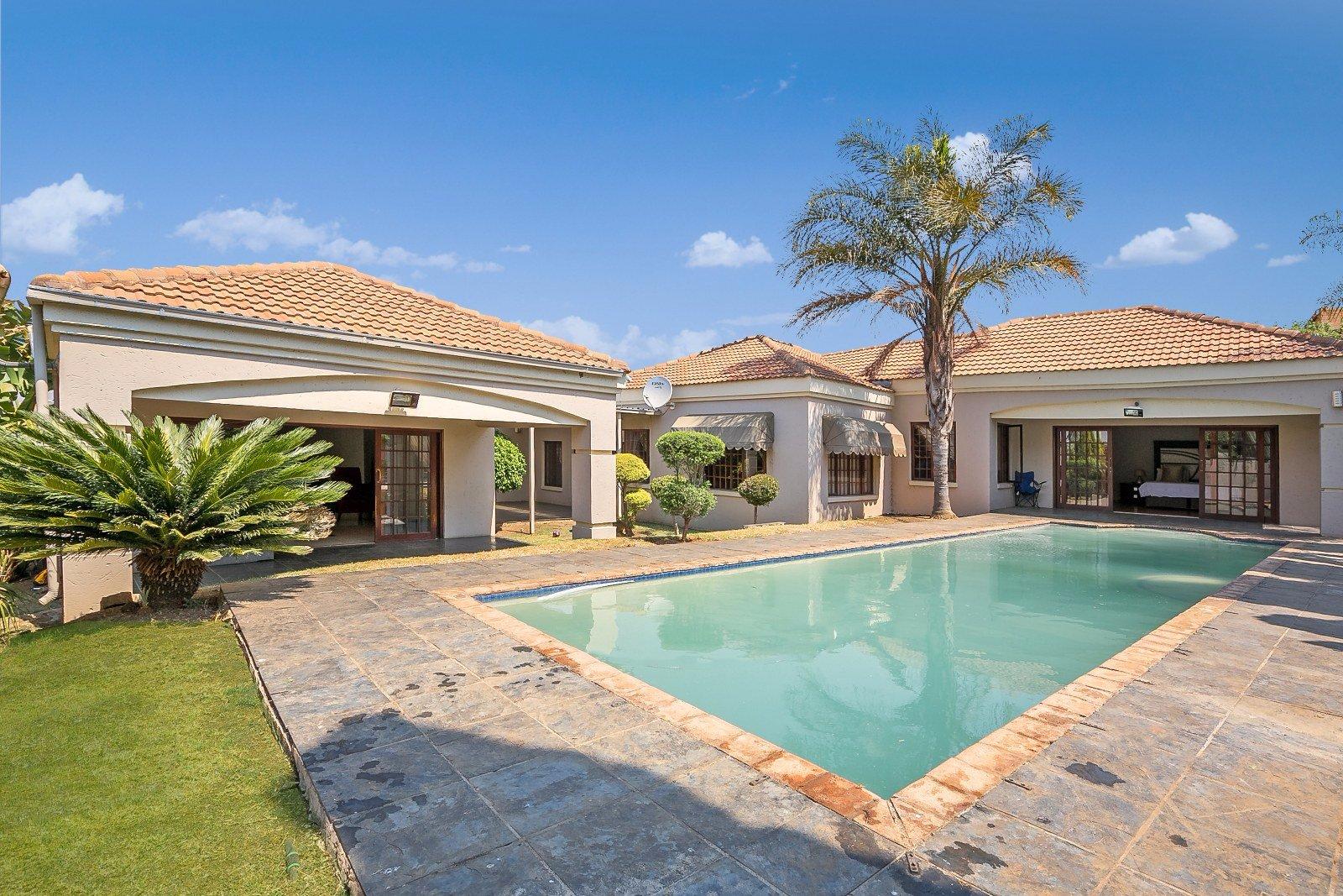 Johannesburg, Liefde En Vrede Property  | Houses For Sale Liefde En Vrede, Liefde En Vrede, House 3 bedrooms property for sale Price:2,150,000