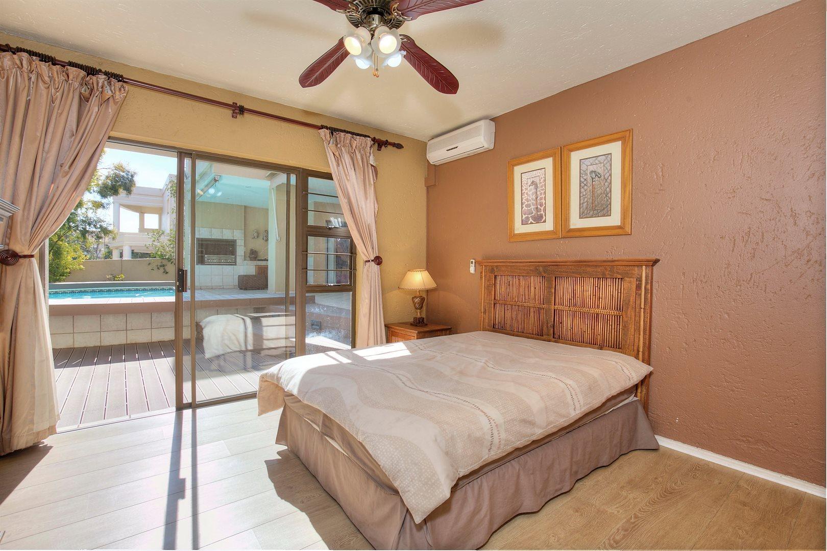 Fourways Gardens property to rent. Ref No: 13567440. Picture no 7