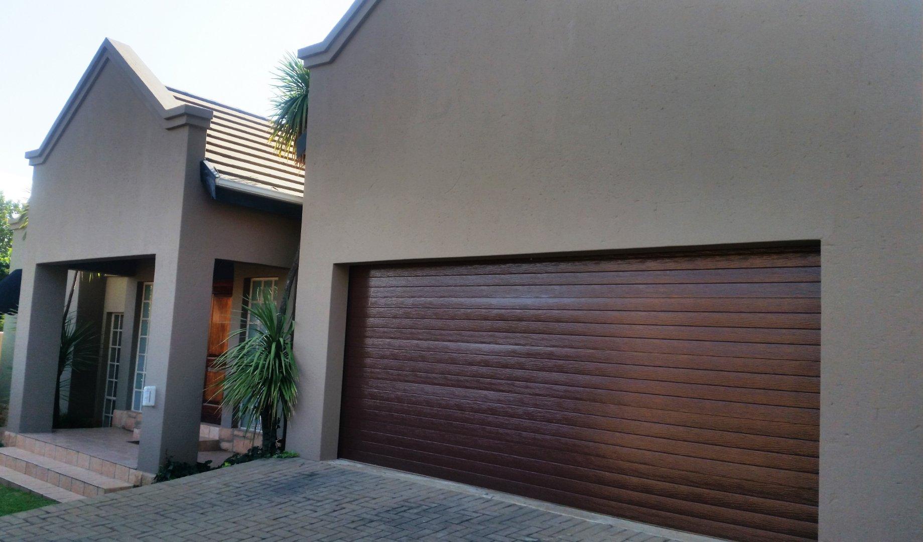 Property and Houses for sale in Hennopspark, House, 3 Bedrooms - ZAR 2,200,000