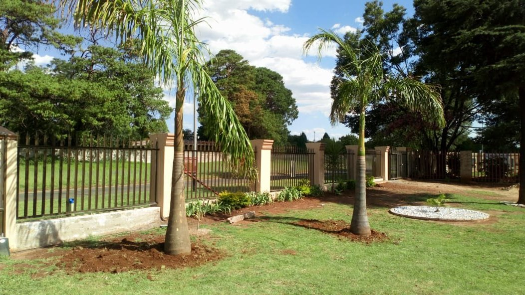 Midrand, Clayville Property  | Houses For Sale Clayville, Clayville, House 8 bedrooms property for sale Price:3,500,000