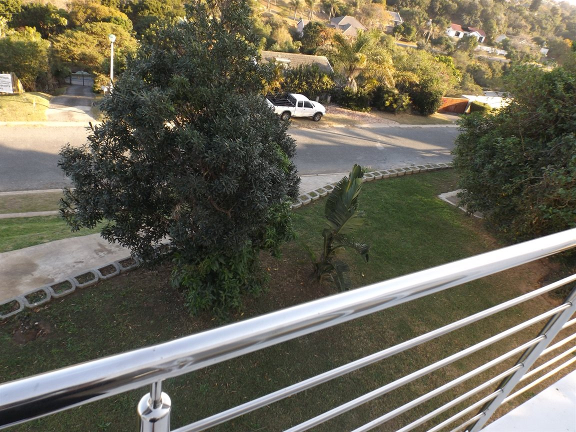 Beacon Bay property for sale. Ref No: 13362713. Picture no 26