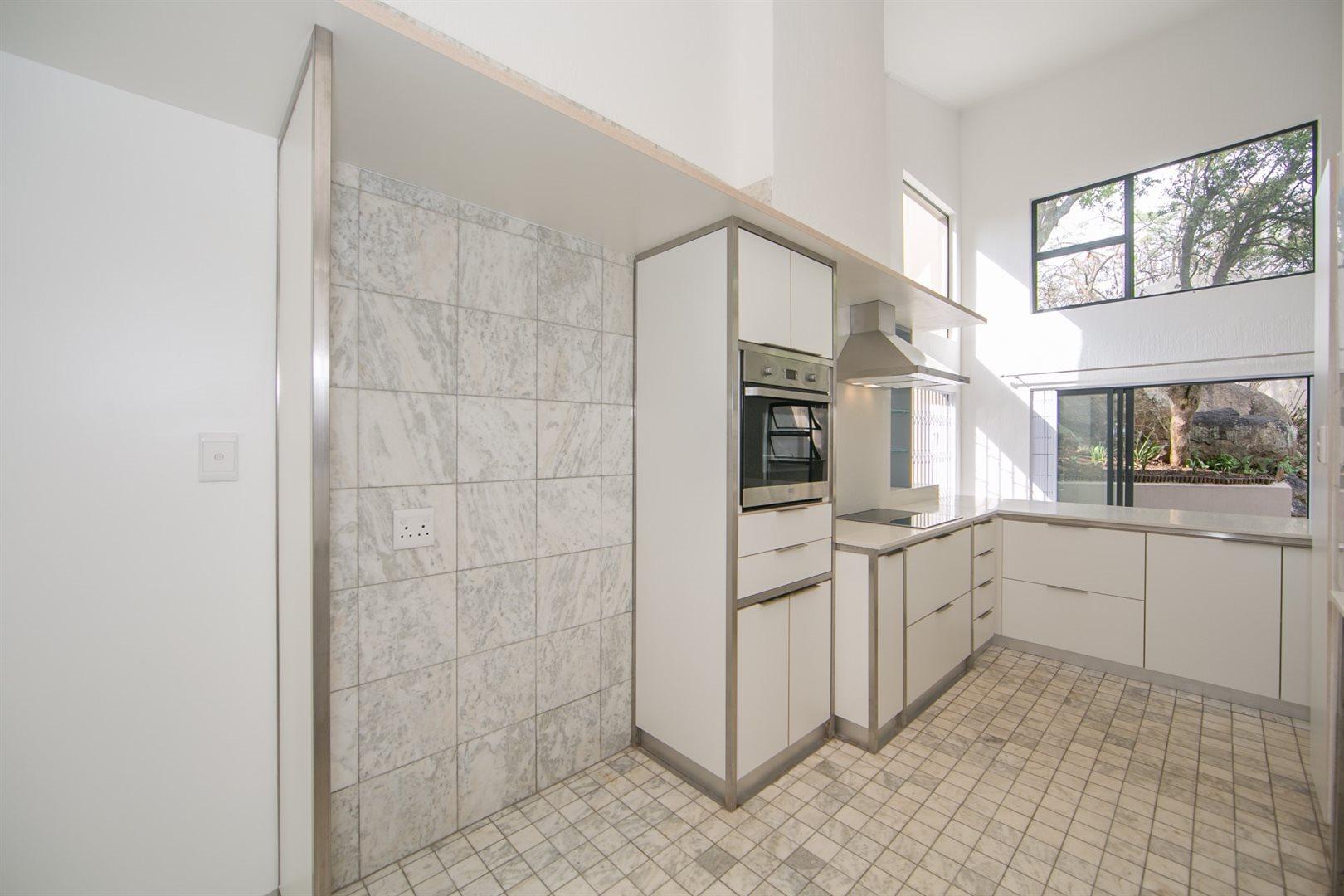 Fourways property to rent. Ref No: 13541041. Picture no 9