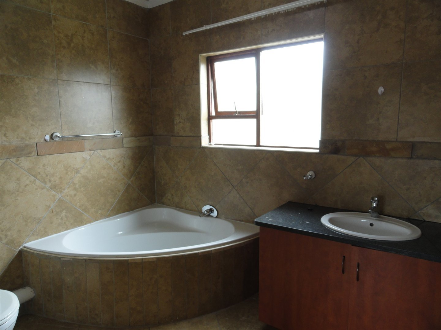 Willow Acres Estate property for sale. Ref No: 13473862. Picture no 15