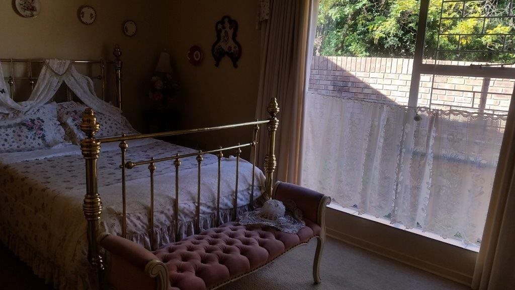 Three Rivers Proper property for sale. Ref No: 12794036. Picture no 10