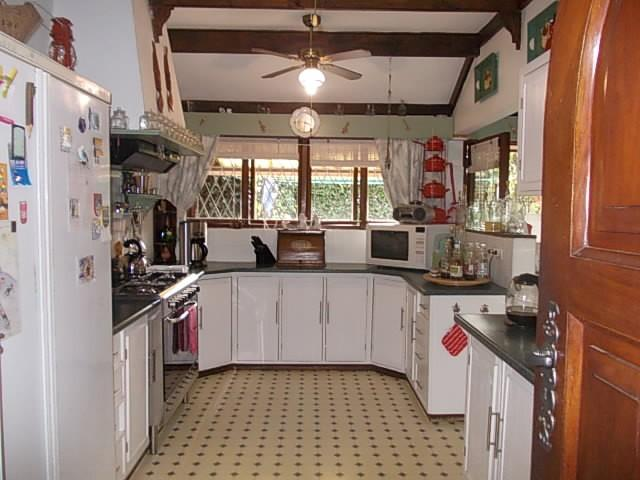 Margate property for sale. Ref No: 12735439. Picture no 9