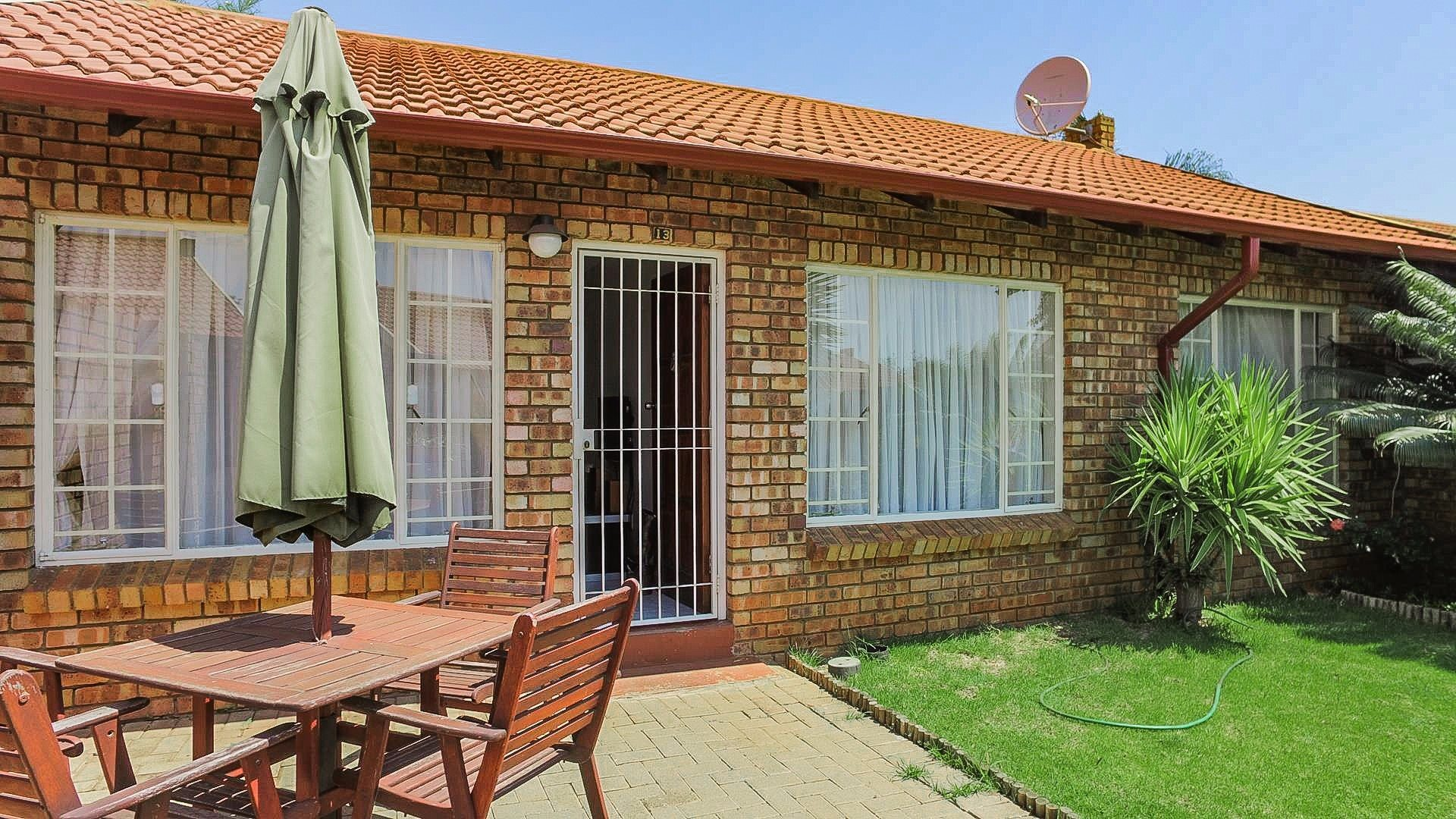 Highveld property for sale. Ref No: 13542050. Picture no 1