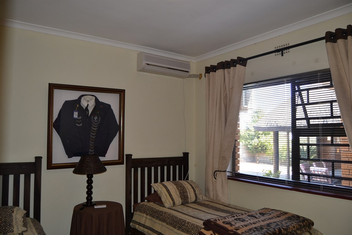 Lamberts Bay property for sale. Ref No: 13373968. Picture no 11