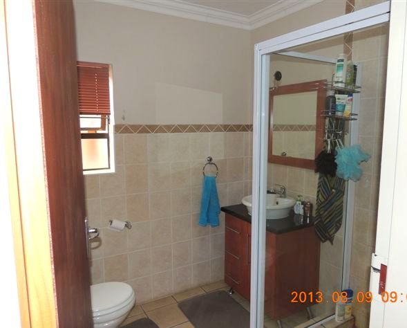 Potchefstroom property for sale. Ref No: 13388038. Picture no 7