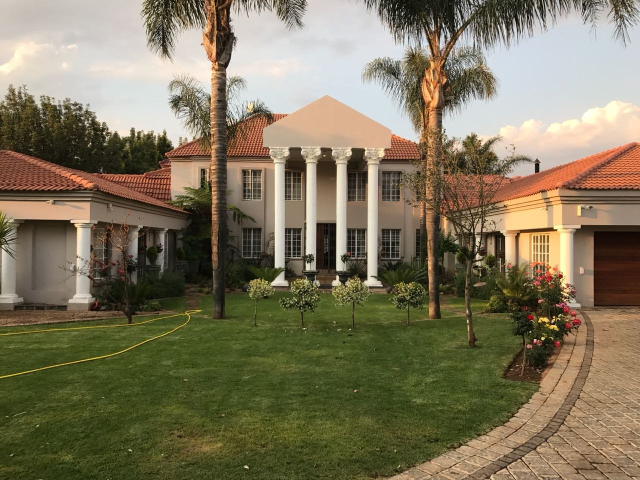 Property and Houses for sale in Raslouw, House, 9 Bedrooms - ZAR 10,500,000