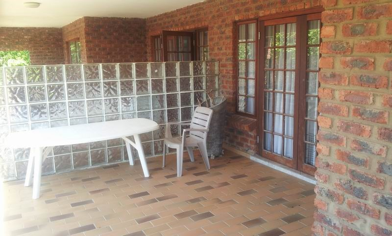 Uvongo property for sale. Ref No: 12733435. Picture no 16
