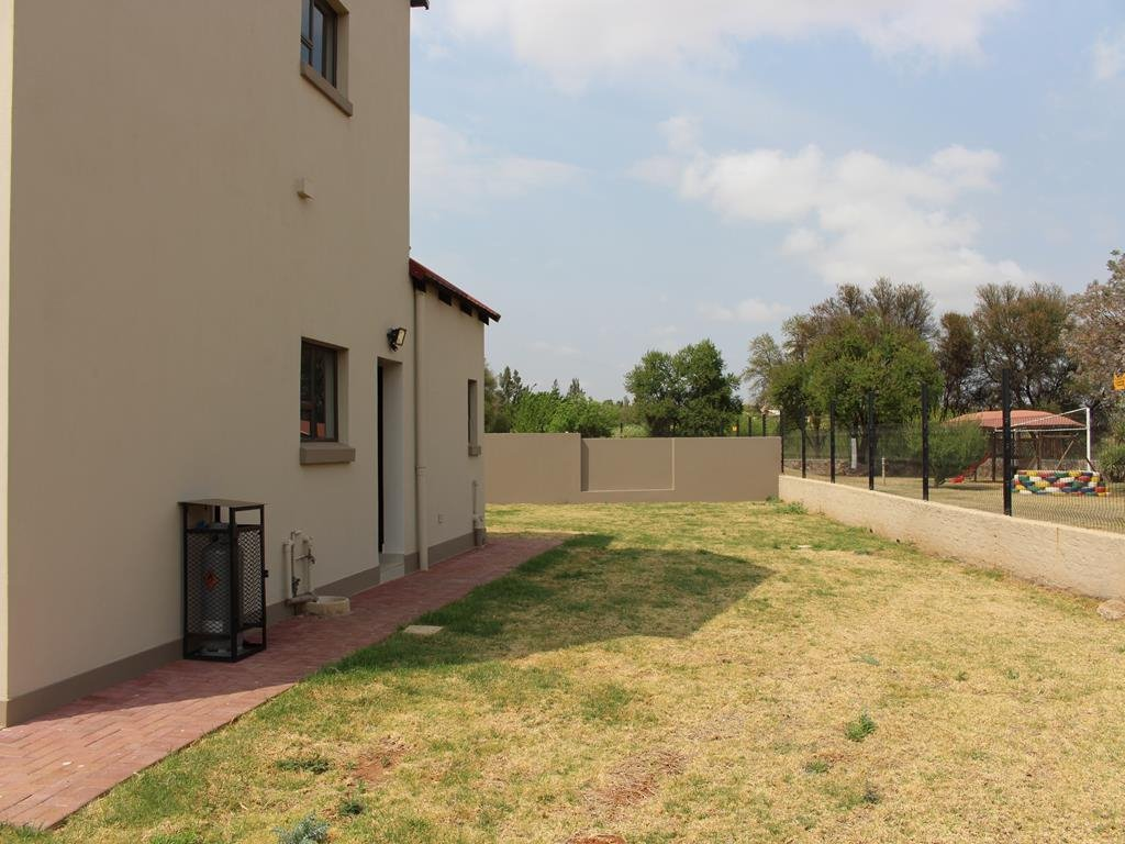 Celtisdal property for sale. Ref No: 13230610. Picture no 36