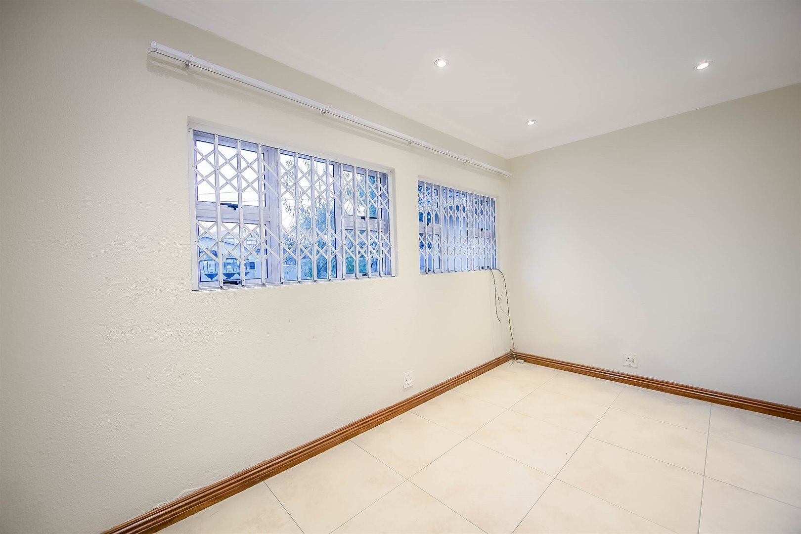 Lonehill property for sale. Ref No: 13510684. Picture no 19