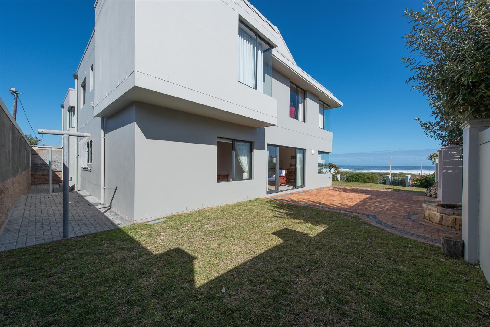 Yzerfontein property for sale. Ref No: 13373287. Picture no 25