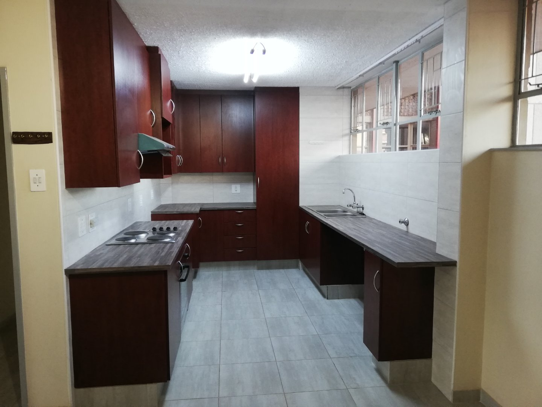 , Apartment, 2 Bedrooms - ZAR 580,000