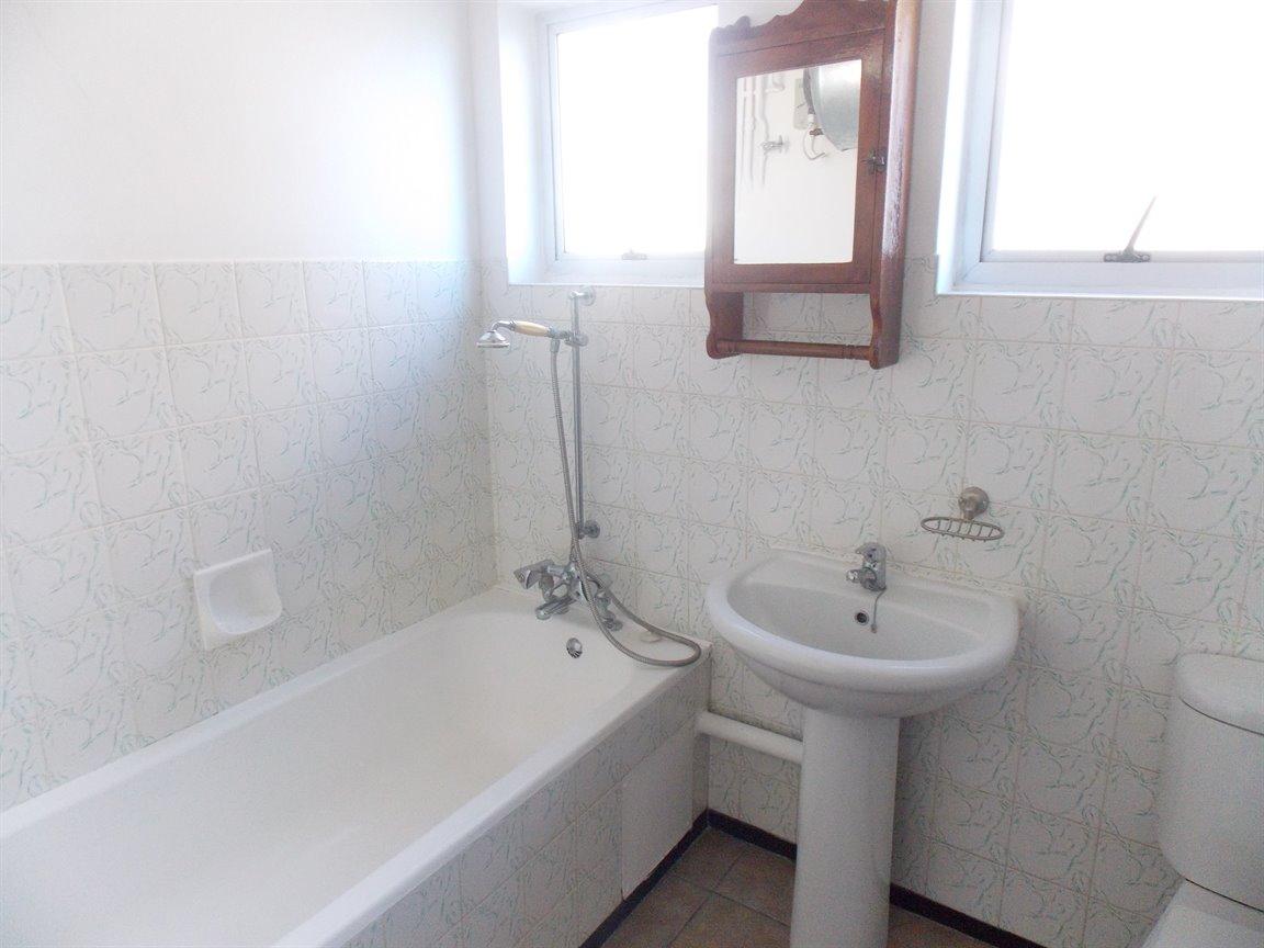 Amanzimtoti property to rent. Ref No: 13396856. Picture no 10