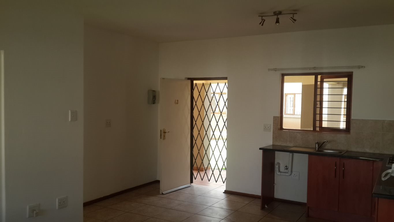 Hesteapark property for sale. Ref No: 13533263. Picture no 5