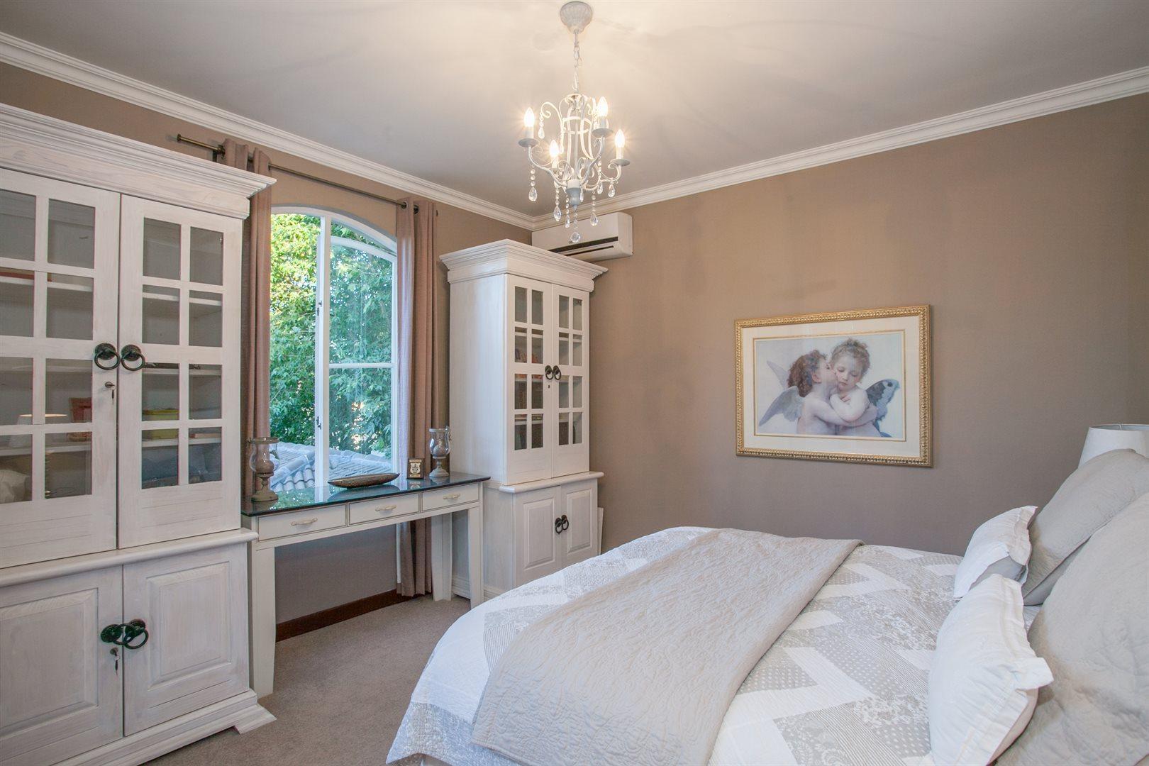 Fernbrook Estate property for sale. Ref No: 13543900. Picture no 9