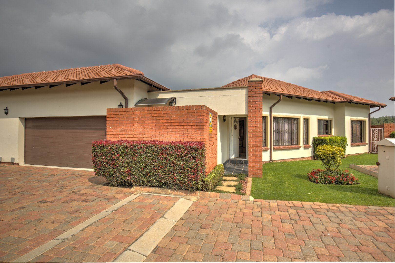 Johannesburg, Glenvista Property  | Houses For Sale Glenvista - Page 2, Glenvista, Townhouse 3 bedrooms property for sale Price:2,495,000
